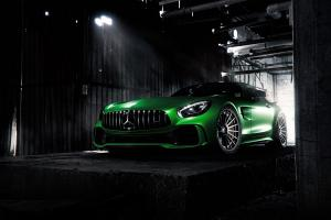 2017 Mercedes-AMG GT S on Forgiato Wheels (TEC 2.3)