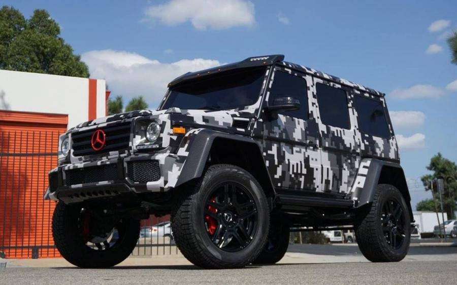Mercedes-Benz G550 4x42 by Impressive Wrap