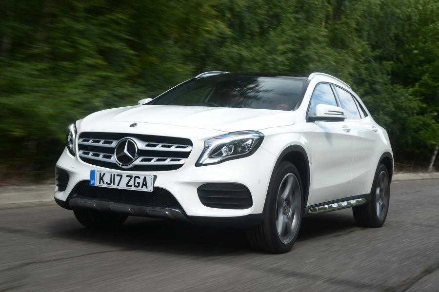 Mercedes-Benz GLA220 d 4Matic AMG Line (X156) (UK) '2017