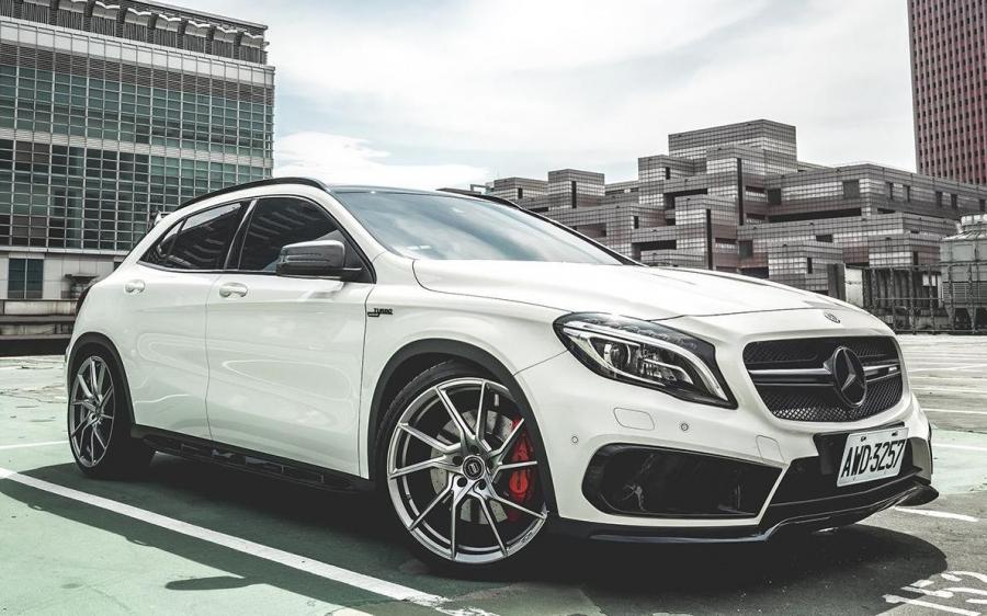 2018 Mercedes-AMG GLA45 4Matic on PUR Wheels (FL26)
