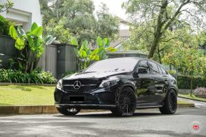 2018 Mercedes-AMG GLE43 Coupe by Permaisuri on Vossen Wheels (VPS-305T)