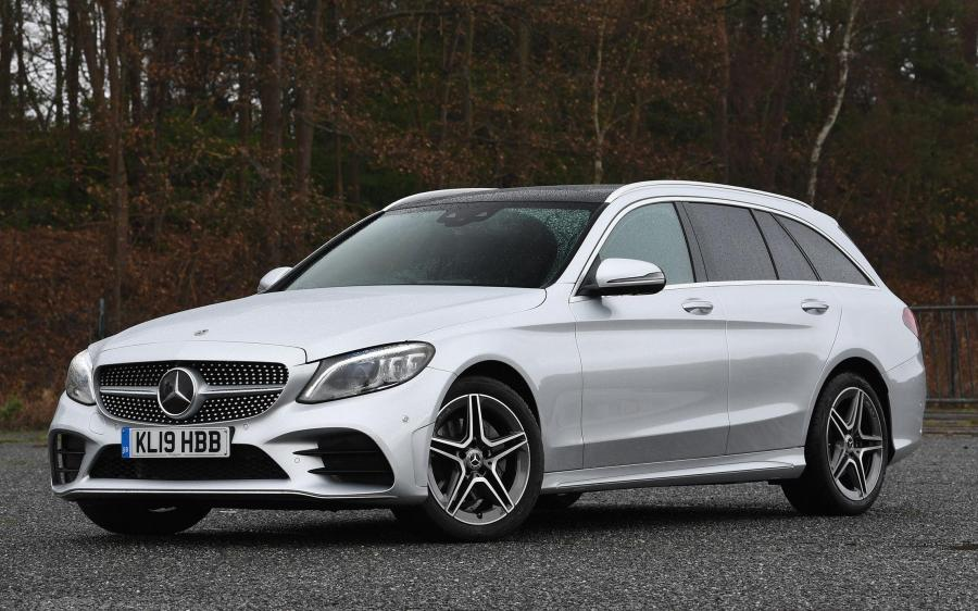 2018 Mercedes-Benz C220 d 4Matic AMG Line Estate (UK)