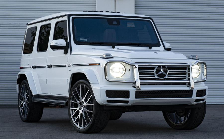 Mercedes-Benz G500 on Forgiato Wheels (FLOW 001)