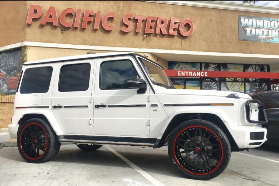 Mercedes-Benz G550 on Forgiato Wheels (Maglia-ECL)