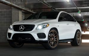 Mercedes-Benz GLE Coupe on Vossen Wheels (ML-X3)