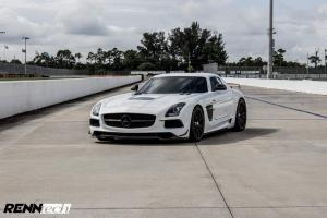 2018 Mercedes-Benz SLS AMG Coupe Black Series by RENNtech