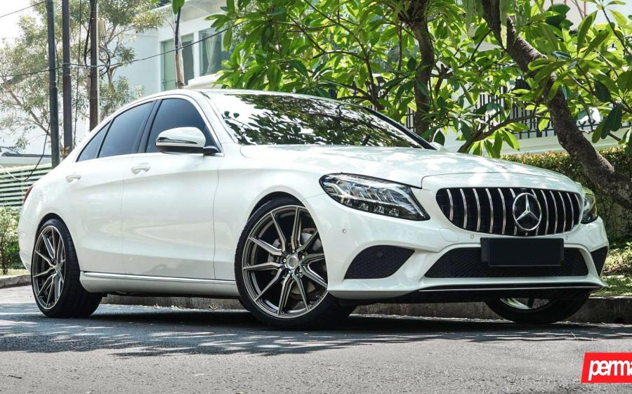 2019 Mercedes-Benz C-Class by Permaisuri on Vossen Wheels (HF-3)