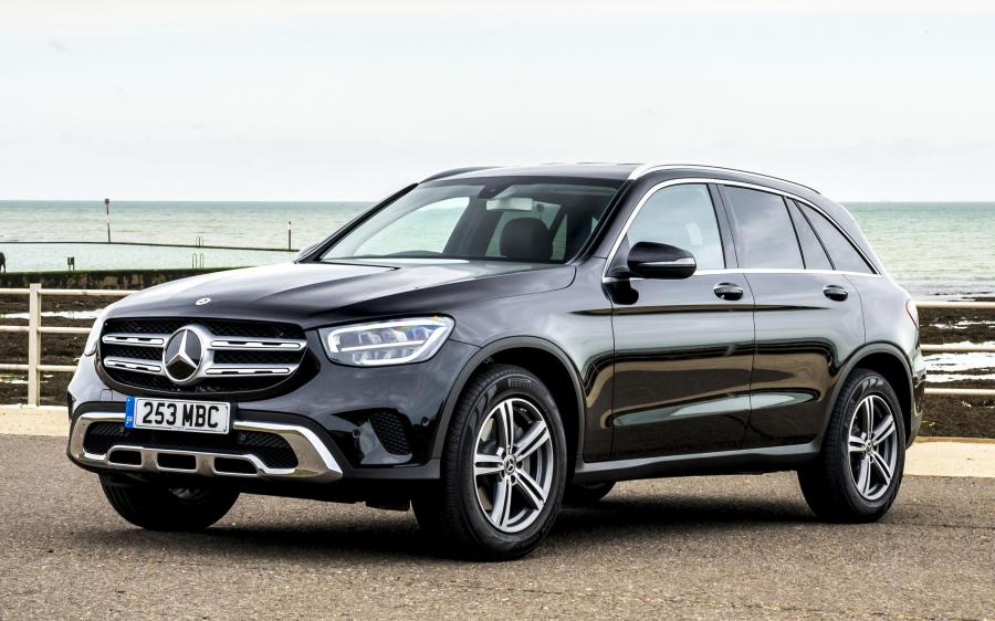 2019 Mercedes-Benz GLC220 d 4Matic (UK)