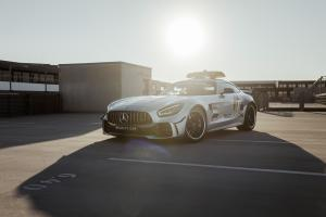 Mercedes-AMG GT R Official FIA F1 Safety Car 2020 года