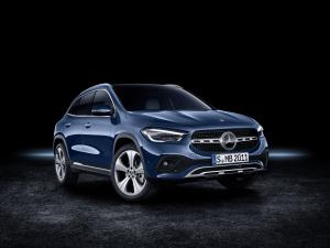 2020 Mercedes-Benz GLA250 4Matic Progressive Line Edition 1