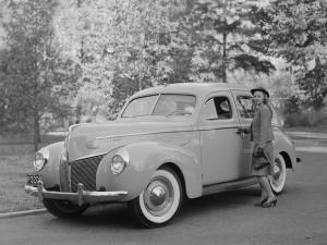 1940 Mercury Eight Town Sedan