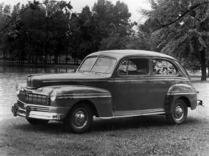 Mercury 2-Door Sedan 1946 года