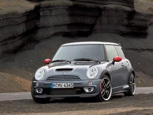 Mini Cooper S with JCW GP Kit 2006 года