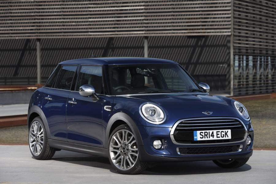 Mini Cooper D 5-Door (UK) '2014