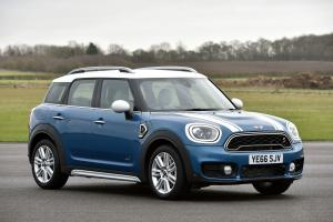 Mini Cooper S Countryman ALL4 2017 года (UK)