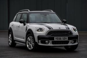 Mini Cooper S Countryman ALL4 Exterior Optic Pack 2017 года (UK)