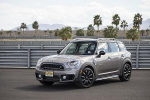 Mini Cooper S E Countryman ALL4 2017 года