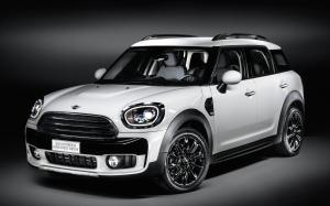 Mini Cooper D Countryman Baker Street Edition