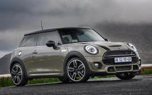 Mini Cooper S John Cooper Works Package