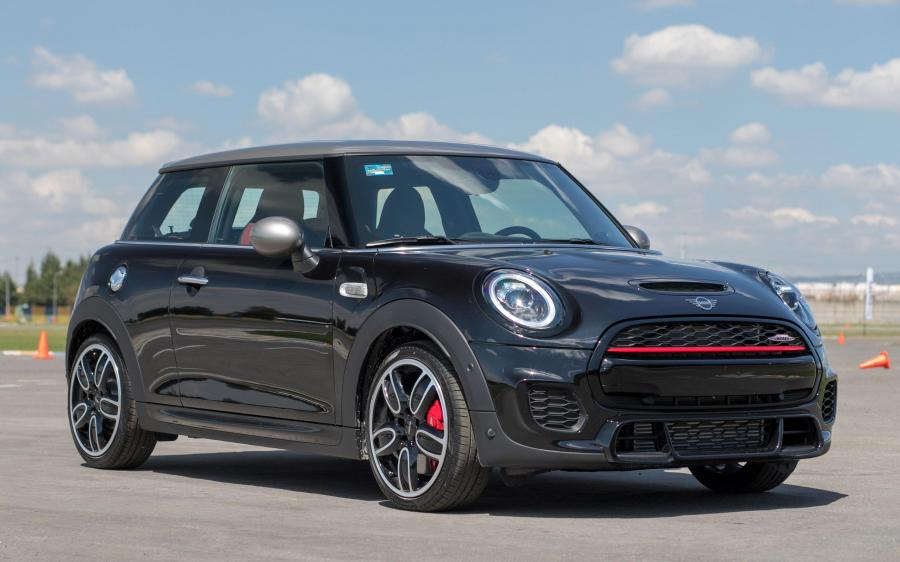 2018 Mini John Cooper Works Silver Edition (LA)