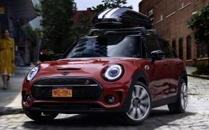 Mini Cooper S Clubman Accessorized 2019 года (WW)