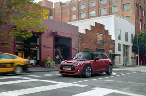 2020 Mini Cooper S Moscow Red