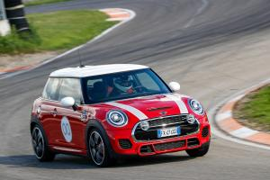 2020 Mini John Cooper Works Challenge Edition