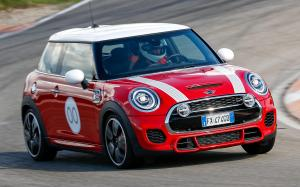 Mini John Cooper Works Challenge Edition 2020 года