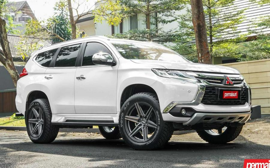2019 Mitsubishi Pajero Sport by Permaisuri on Vossen Wheels (HF6-2)