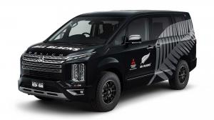 2019 Mitsubishi Delica D:5 All Blacks