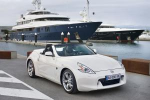 Nissan 370Z Roadster 2011 года