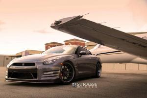 2014 Nissan GT-R Black Edition by AMS Performance with Strasse Wheels