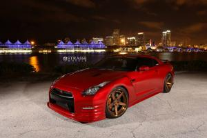Nissan GT-R on Strasse Wheels 2015 года