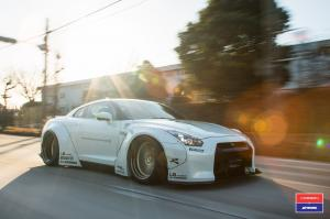 Nissan GT-R by Liberty Walk on Vossen Wheels (VWS-1) 2016 года