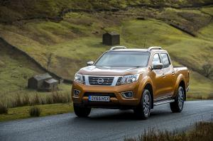 Nissan NP300 Navara Double Cab (UK) '2016