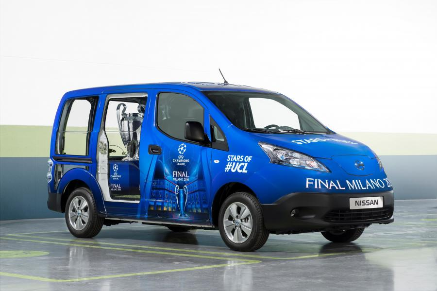 Nissan e-NV200 UEFA Champions League Final Milano 2016 Trophy Van