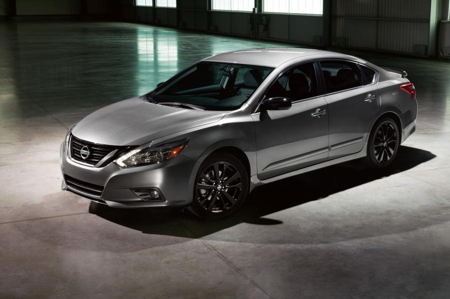Nissan Altima SR Midnight Edition