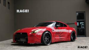 2017 Nissan GT-R by Liberty Walk and RACE!