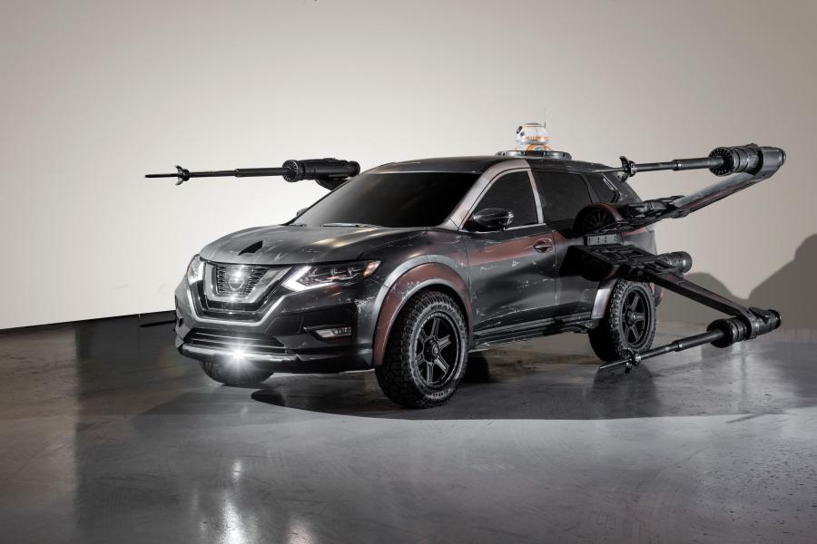 2017 Nissan Rogue Poe Dameron's X-wing with BB-8