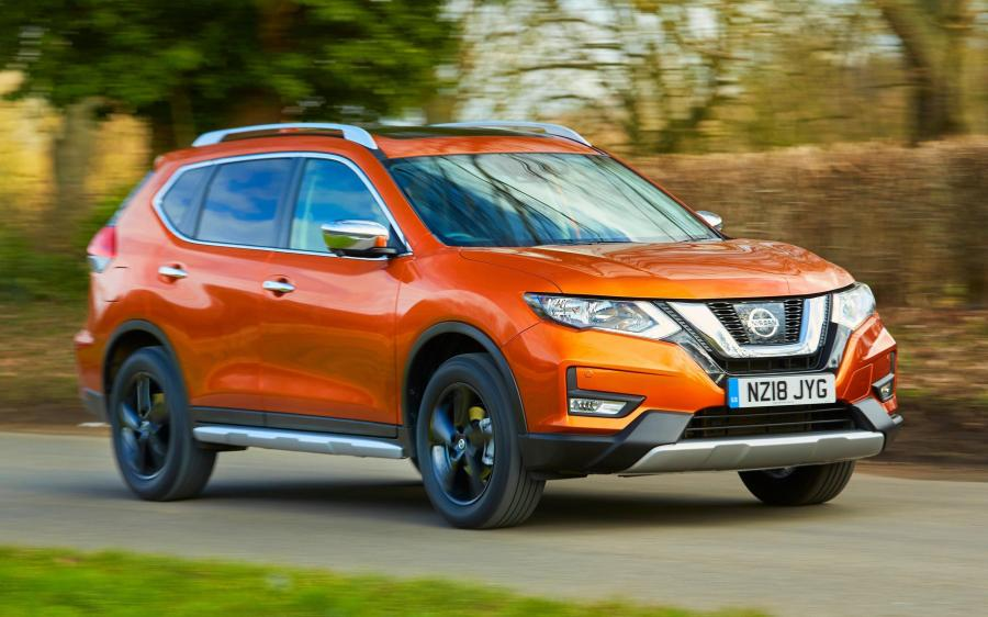 2018 Nissan X-Trail Platinum Edition SV (UK)