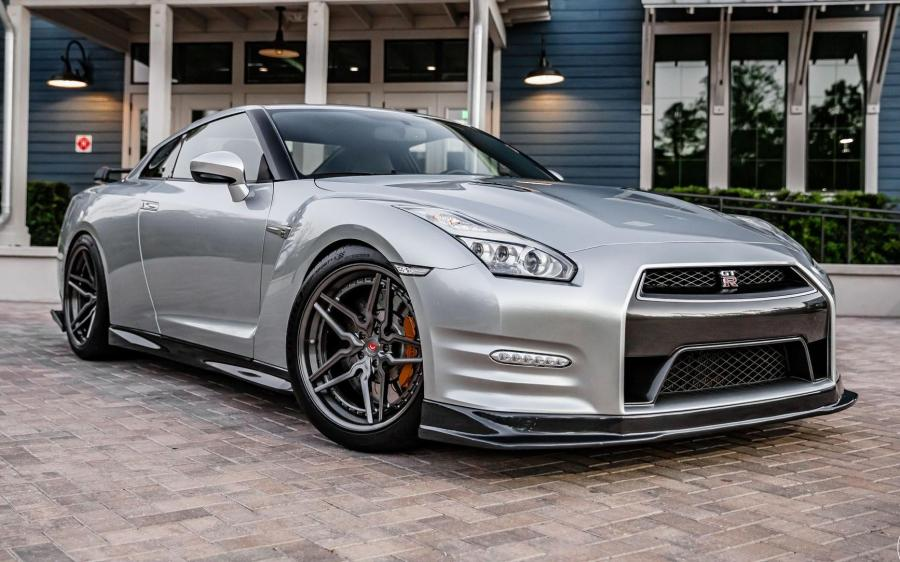 Nissan GT-R on Vossen Wheels (M-X1 (3-Piece)) '2019