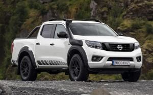 Nissan Navara AT32 Off-Roader by Arctic Trucks 2020 года