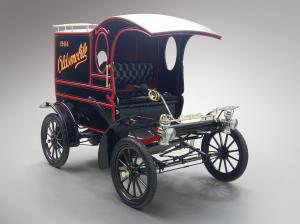 1904 Oldsmobile Model R Curved Dash Pie Wagon