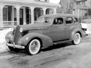 1936 Oldsmobile Six Touring Sedan