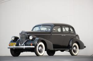 1938 Oldsmobile Six Touring Sedan