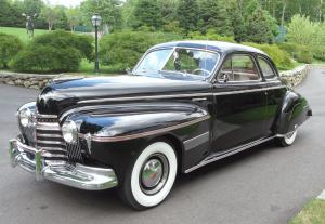 1941 Oldsmobile 96 Custom Cruiser Club Coupe
