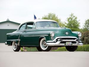 1953 Oldsmobile Super 88 Deluxe 2-Door Sedan