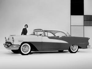 Oldsmobile 98 Holiday Coupe 1955 года