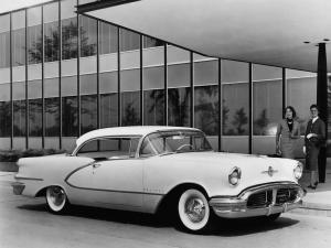 Oldsmobile 98 Holiday Coupe 1956 года
