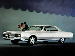 Oldsmobile 98 Holiday Sedan 1967 года